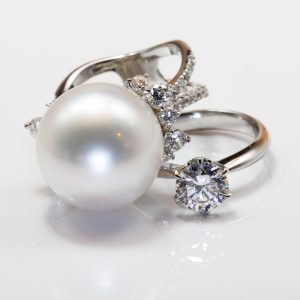 パールリング・ダイヤモンドリング